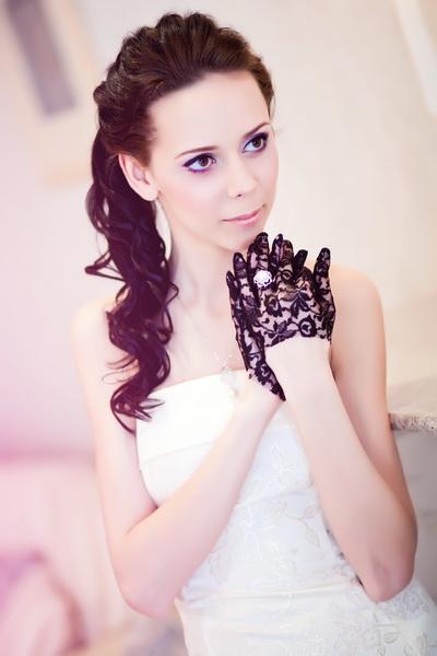 Вы просматриваете изображения у материала: Бриллианты для лучшей невесты